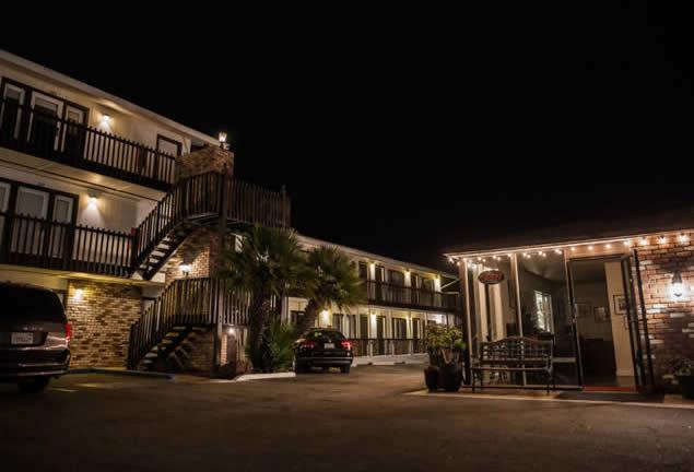 Morro Bay Hotel Night 2